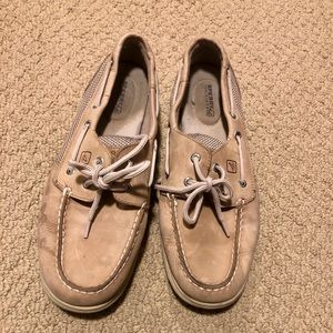 Sperry tan BlueFish boat shoes